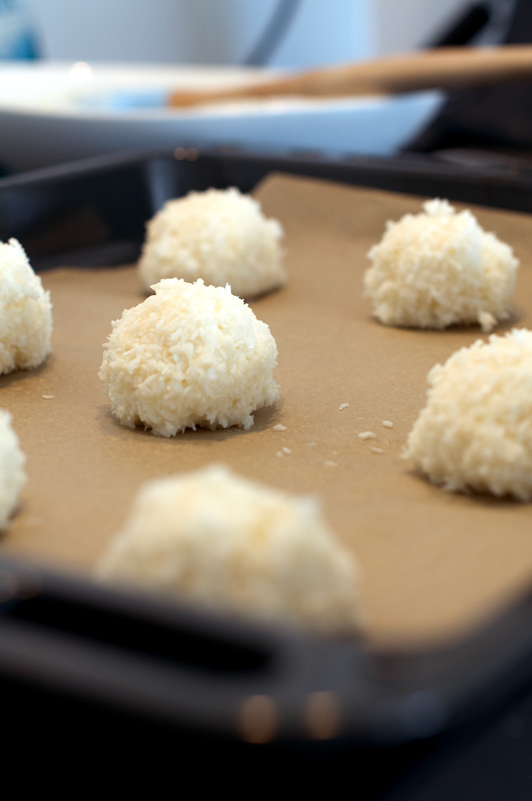 Recipe for homemade coconut macaroons