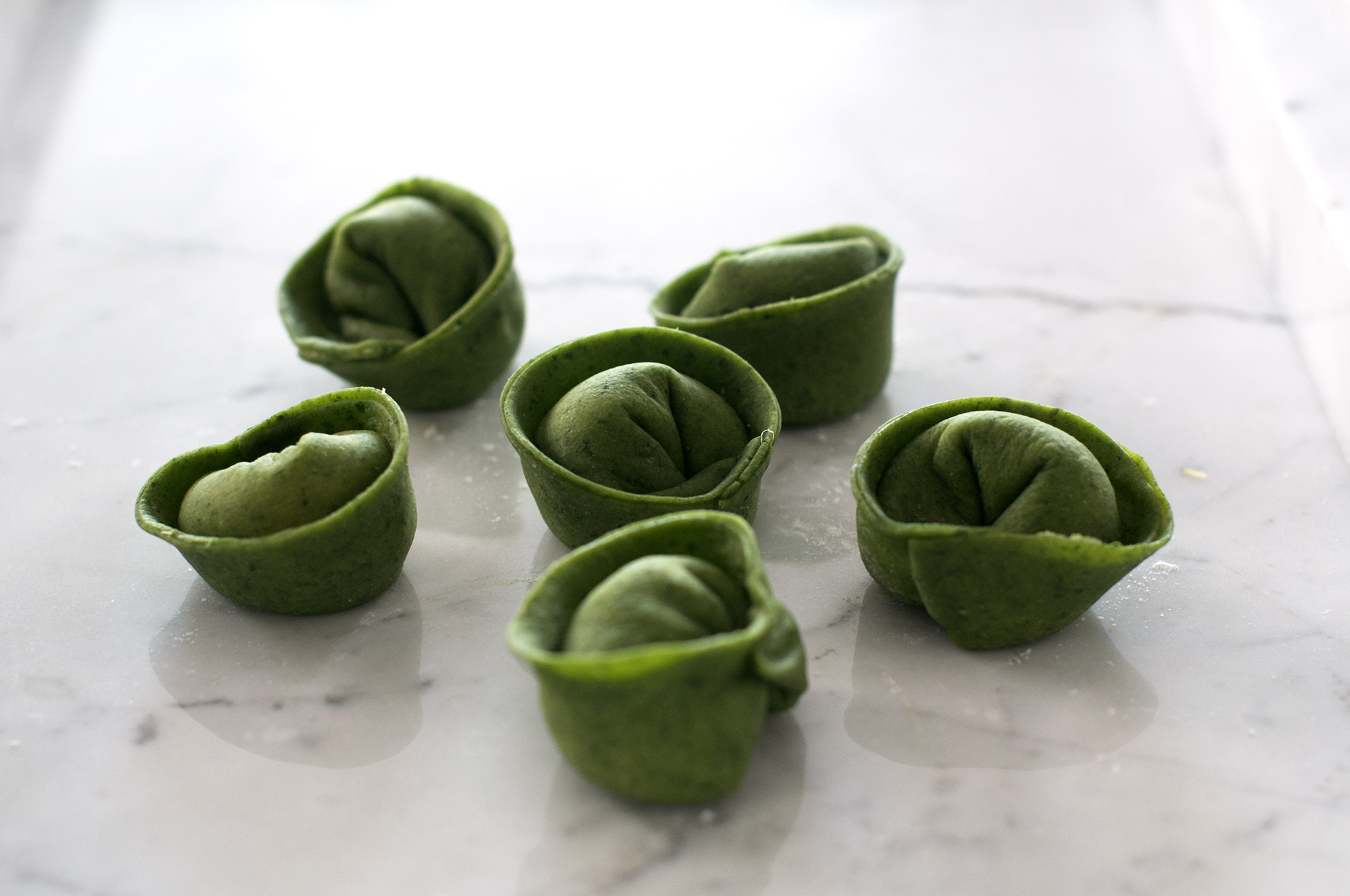 Recipe for homemade spinach tortellini with butternut squash filling and sage