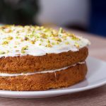 Recipe for courgette cake with cream cheese frosting and pistachios