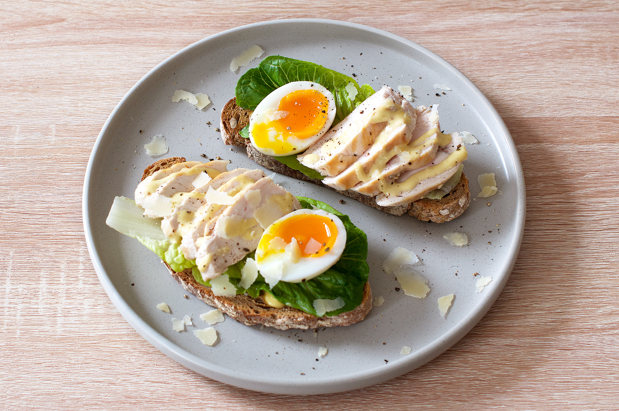 Chicken Caesar salad and dressing with egg on toast recipe
